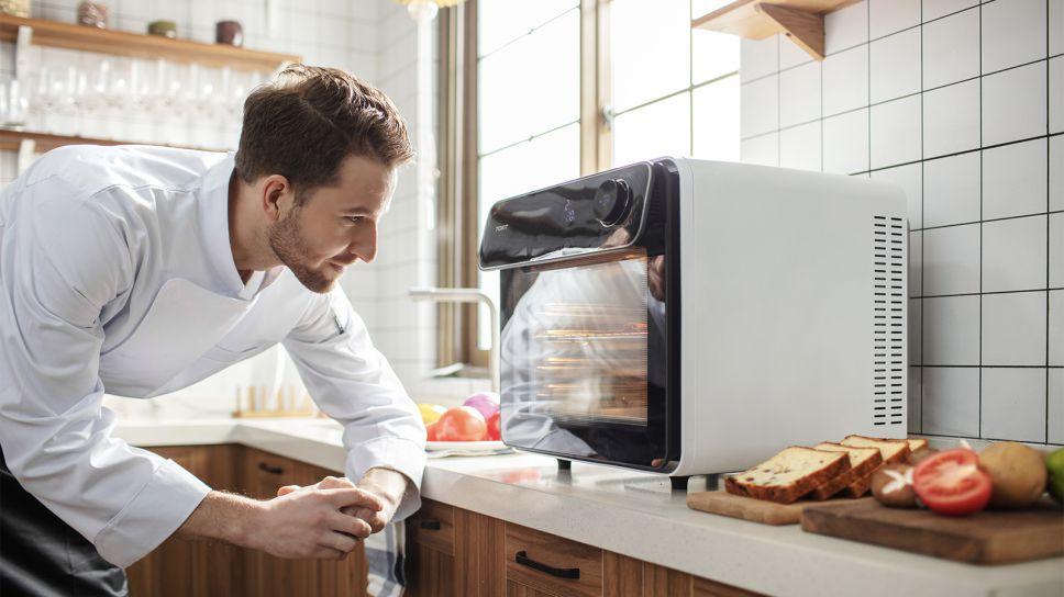 智慧革命引领科技未来 会拍照的TOKIT智能电烤箱上市